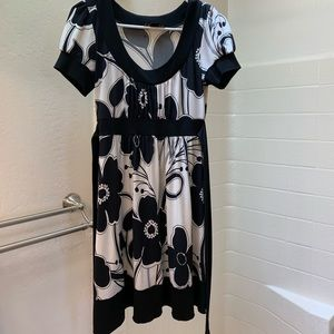 Black and white floral dress 4